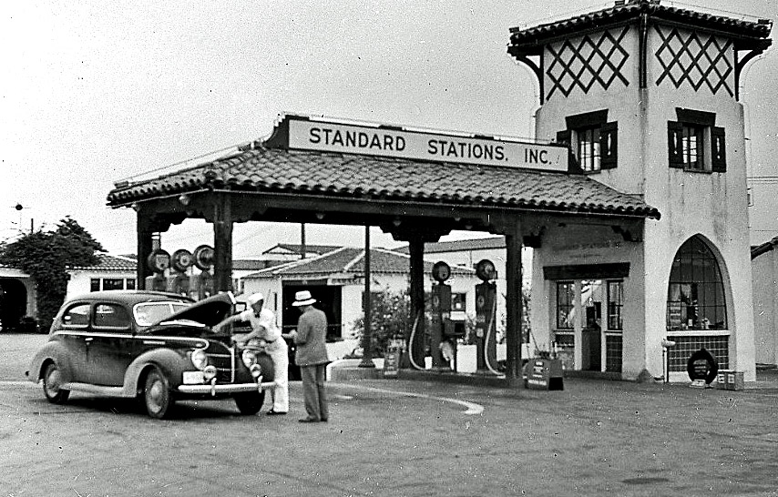 full service gas station